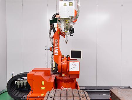 ファイバーレーザー溶接機など<br>最先端設備でニーズに応える!